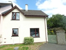 Ideal first time investment purchase close to the town centre...