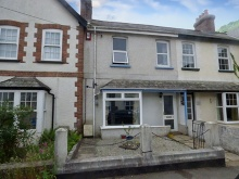 Period property close to town which has been refurbished by present vendors...